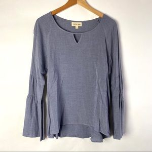 Cloth and Stone Gray Bell Sleeve Top Size S